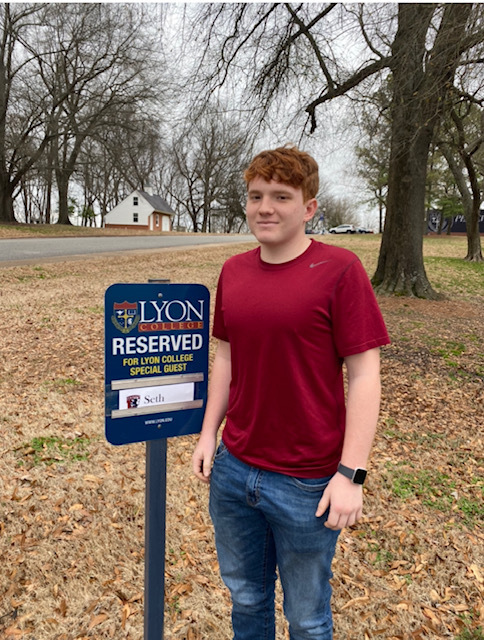 Brown to Play for Lyon College