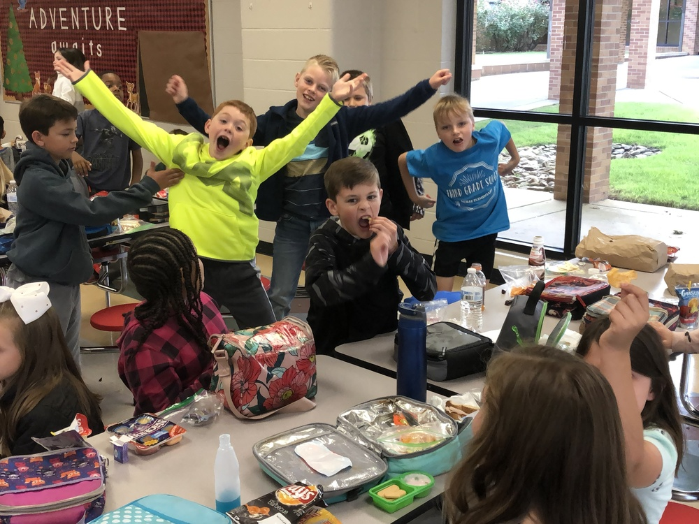 "Searcy Public Schools Celebrate National School Lunch Week :""School Lunch Playlist"" highlights #NSLW19"