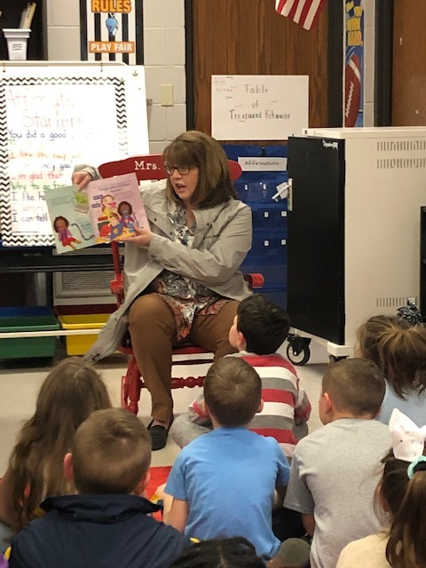 Mrs. Kitts Reads for World Read Aloud Day